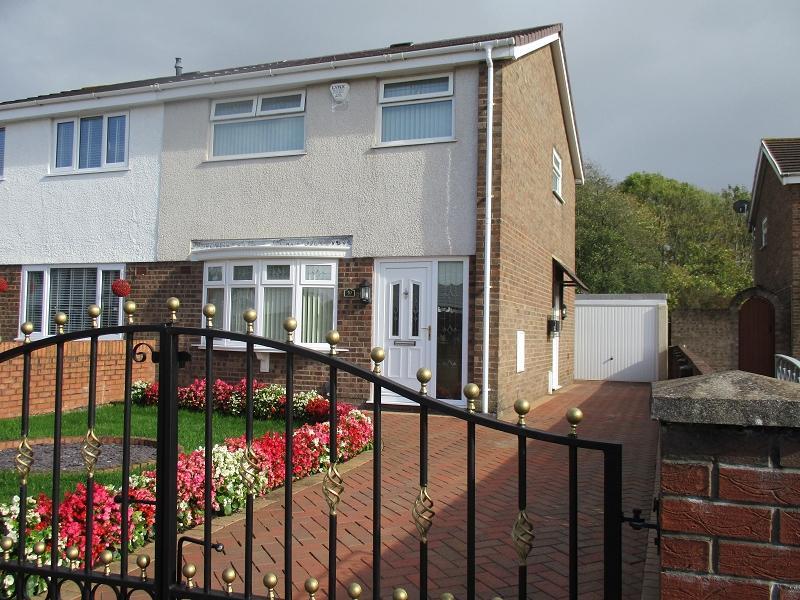 3 Bedrooms Semi Detached House for sale in Village Gardens, Baglan, Port Talbot, Neath Port Talbot.