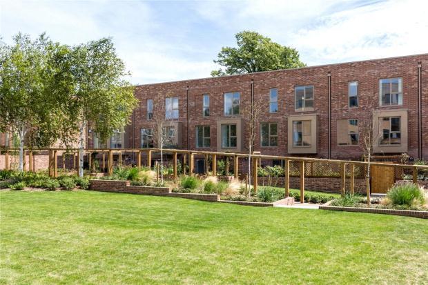 5 Bedrooms Terraced House for sale in Harrison Drive, Cambridge, Cambridgeshire