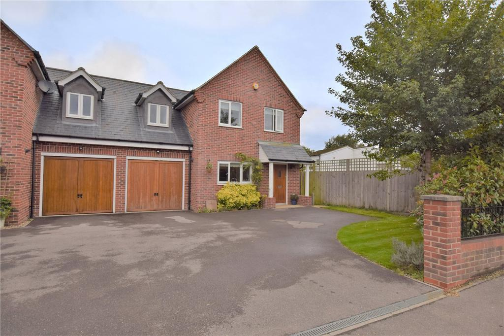4 Bedrooms Semi Detached House for sale in West End Road, Mortimer, RG7