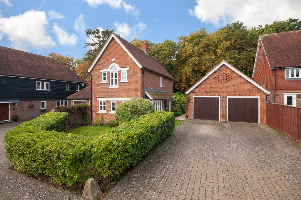 3 Bedrooms Detached House for sale in Mulberry Place, Newdigate, Dorking, Surrey, RH5