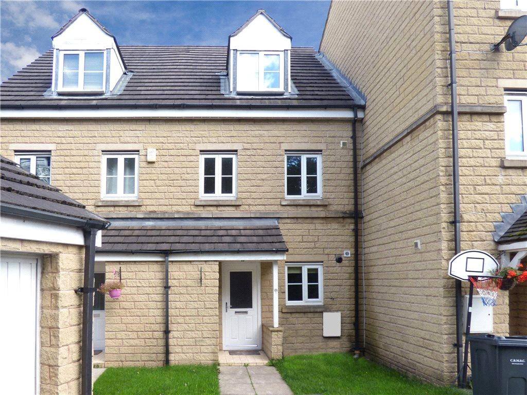 3 Bedrooms Town House for sale in Brander Close, Idle, Bradford, West Yorkshire