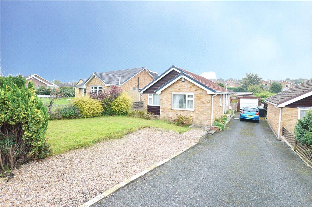 3 Bedrooms Detached Bungalow for sale in Gibson Lane, Kippax, Leeds, West Yorkshire