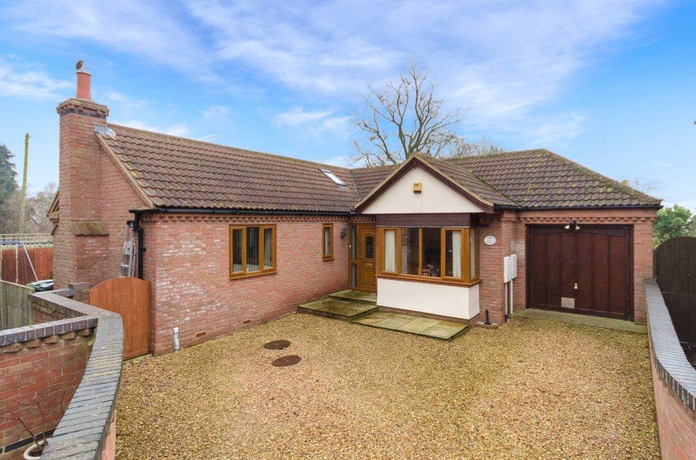 3 Bedrooms Detached Bungalow for sale in The Spinney, Twenty, PE10
