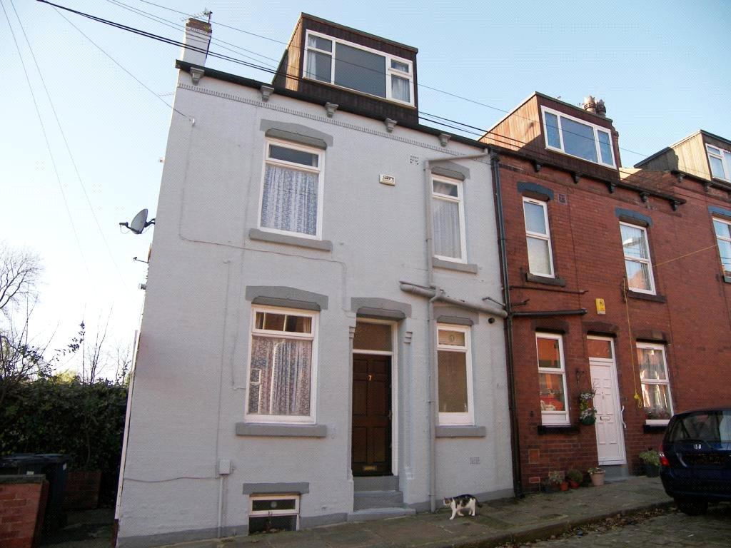 2 Bedrooms House for sale in Vicarage Street, Kirkstall, Leeds, West Yorkshire