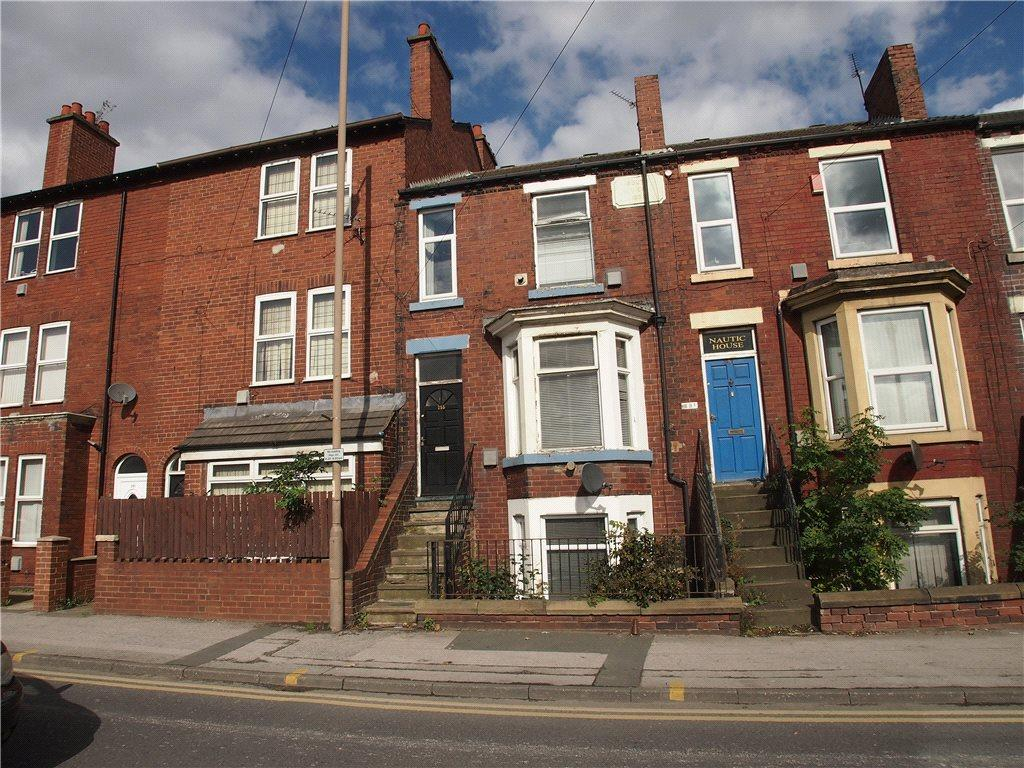 4 Bedrooms Terraced House for sale in Doncaster Road, Wakefield, West Yorkshire