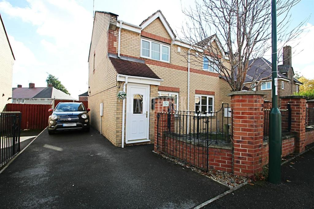 2 Bedrooms Semi Detached House for sale in Fretson Road South, Parklands, S2