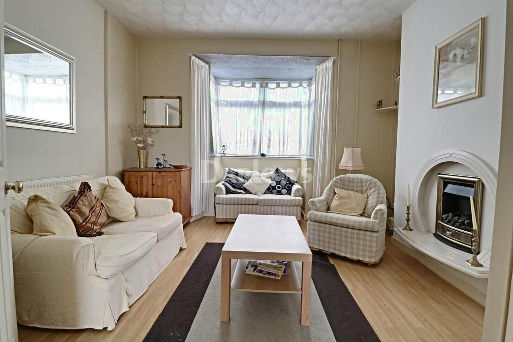 3 Bedrooms Terraced House for sale in Ely Street, Tonypandy