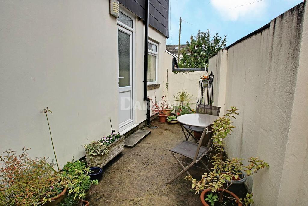 1 Bedroom Detached House for sale in Llanmaes Street, Grangetown