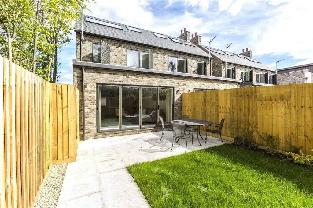 4 Bedrooms End Of Terrace House for sale in Milton Place, Milton Road, Cambridge, CB4
