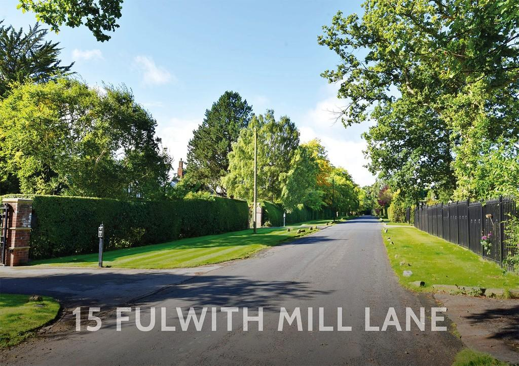 4 Bedrooms Detached House for sale in Fulwith Mill Lane, Harrogate