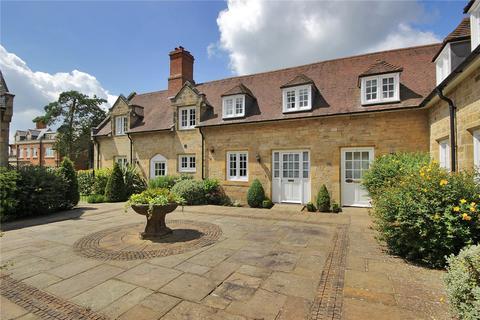 2 bedroom terraced house for sale - Clockhouse Mews, Swaylands, Penshurst, Kent, TN11