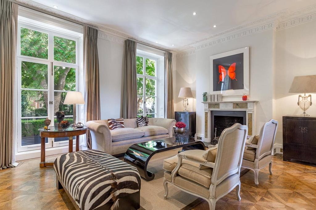 5 Bedrooms Terraced House for sale in Alexander Square, Knightsbridge, SW3