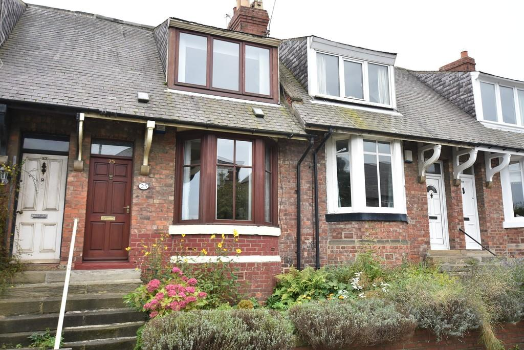 2 Bedrooms Terraced House for sale in Front Street East Boldon