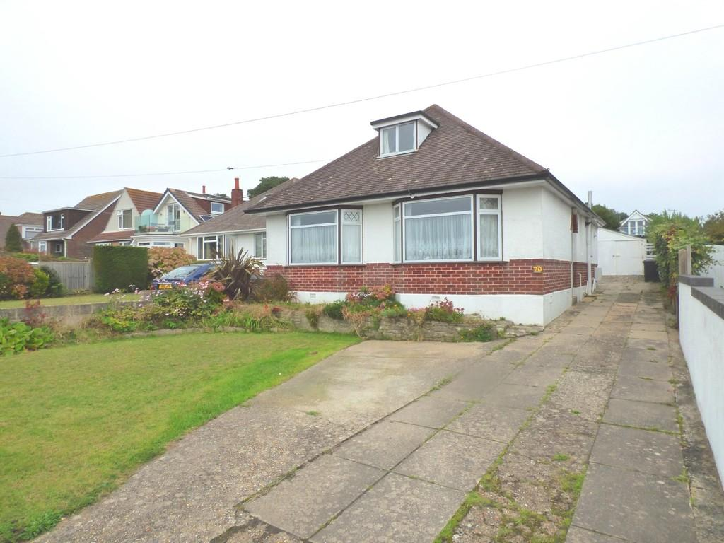 3 Bedrooms Bungalow for sale in Lake Drive, Hamworthy