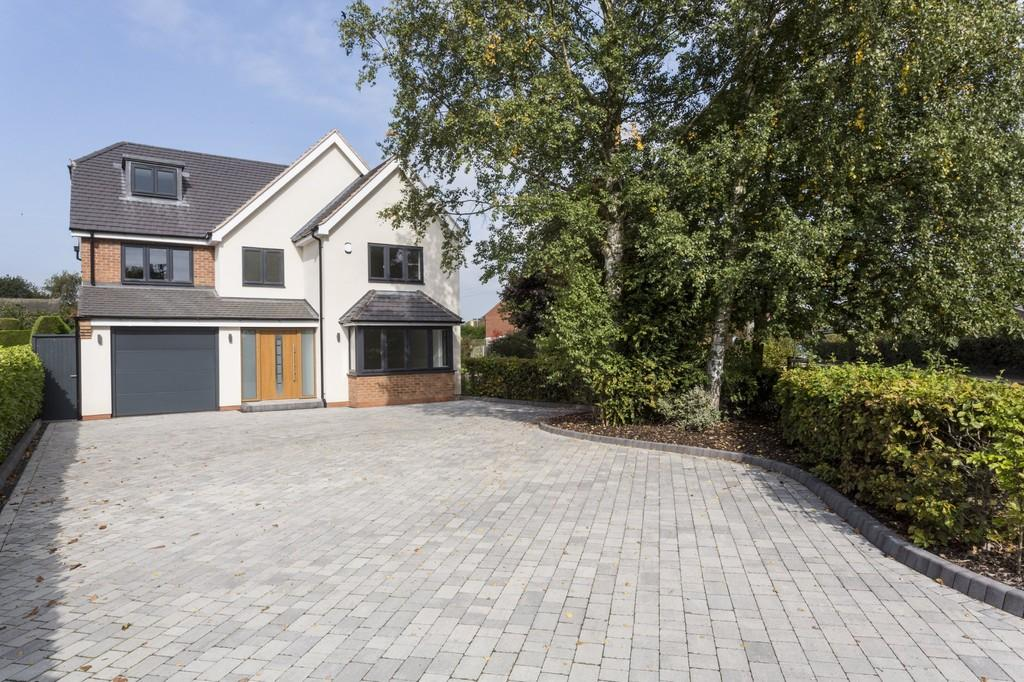 5 Bedrooms Detached House for sale in The Beeches, Lichfield Road, Kings Bromley