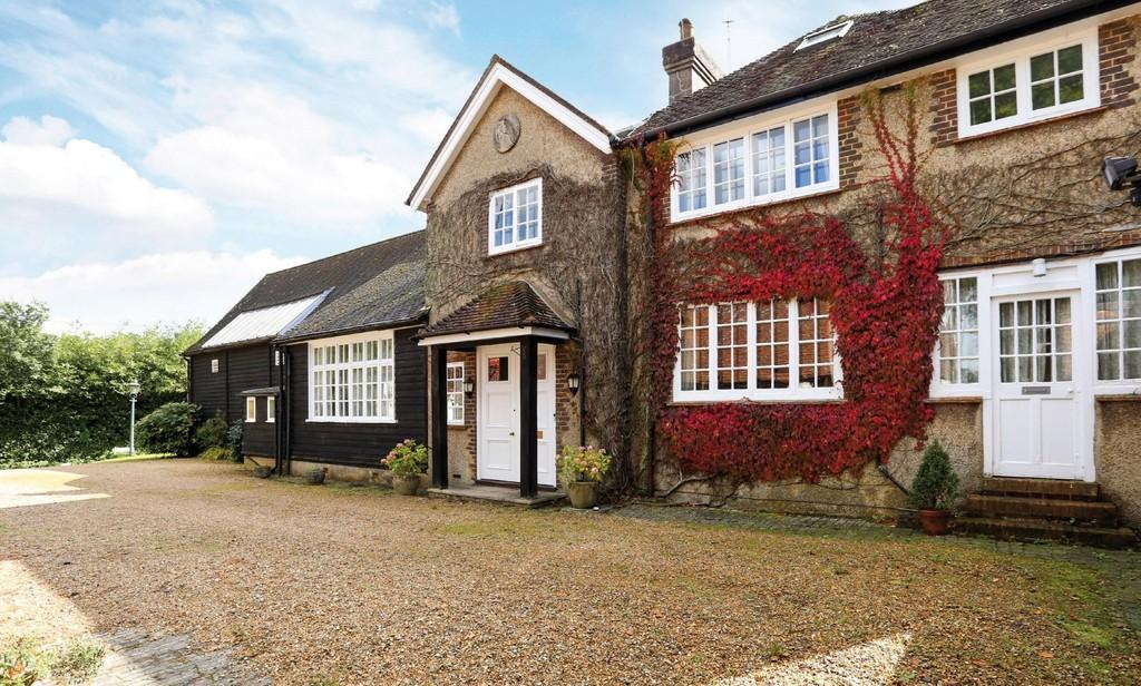 6 Bedrooms Semi Detached House for sale in Froxfield, Hampshire