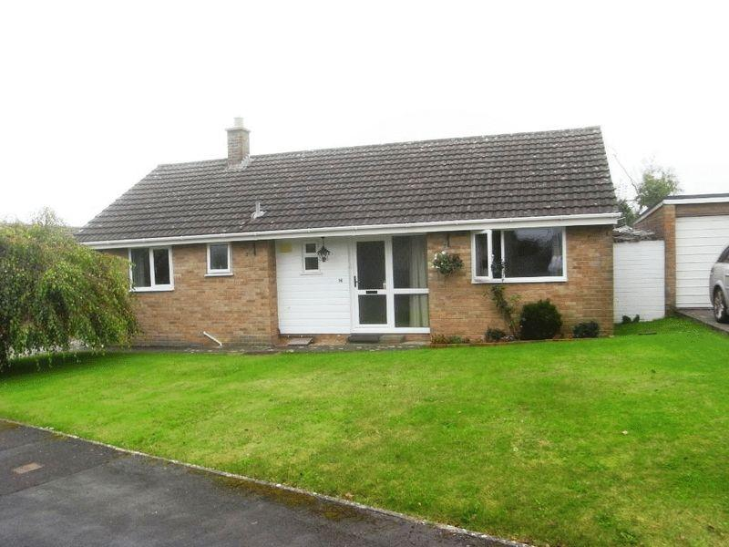 3 Bedrooms Detached Bungalow for sale in Winyards View, Crewkerne