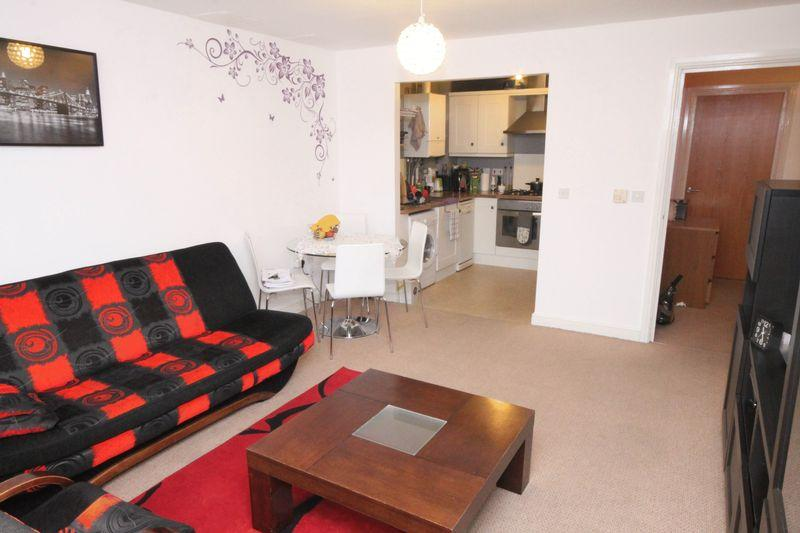 2 Bedrooms Apartment Flat for sale in Bramwell Court, Gateshead