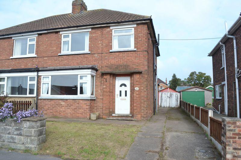 3 Bedrooms Semi Detached House for sale in Endcliffe Avenue, Scunthorpe