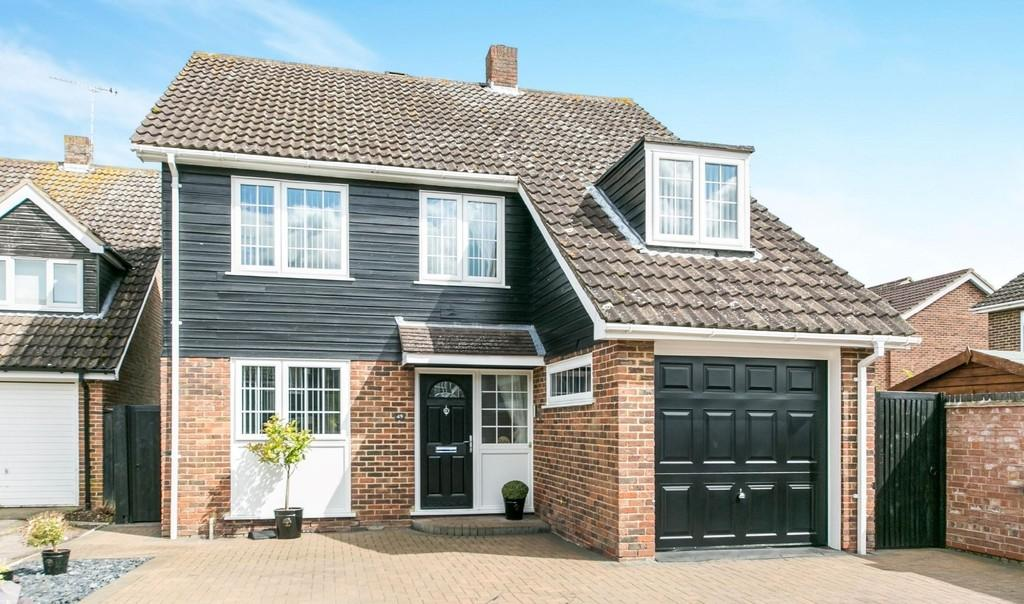 4 Bedrooms Detached House for sale in Thorney Road, Capel St. Mary, Ipswich