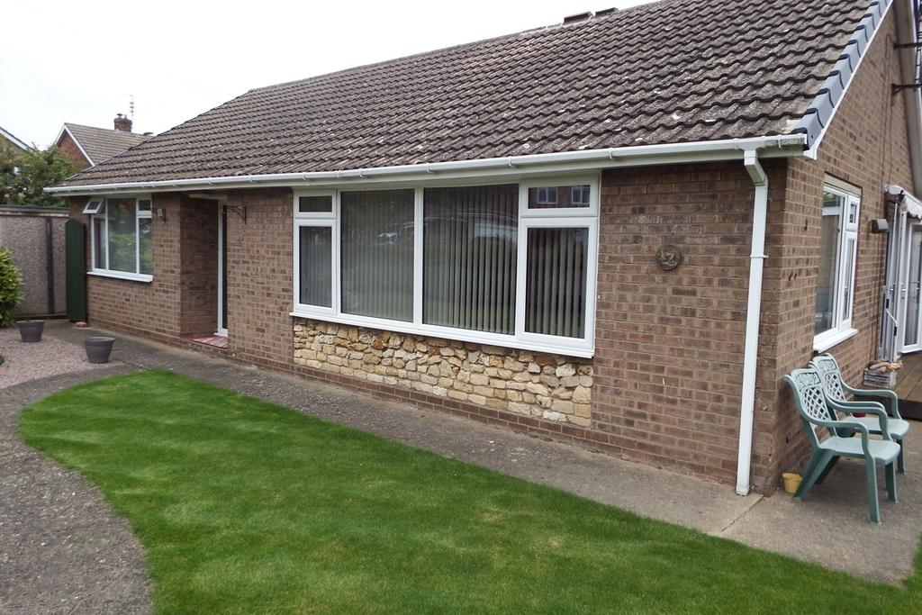 3 Bedrooms Detached Bungalow for sale in Campbells Close, Spalding, PE11