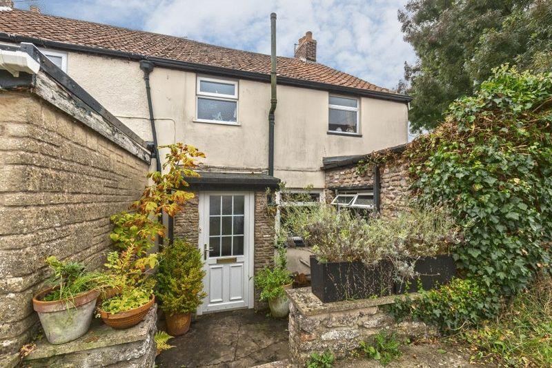 3 Bedrooms Terraced House for sale in Albion Place, Frome