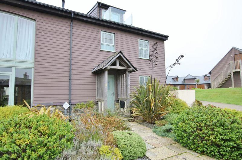 4 Bedrooms Terraced House for sale in Abbeylands,