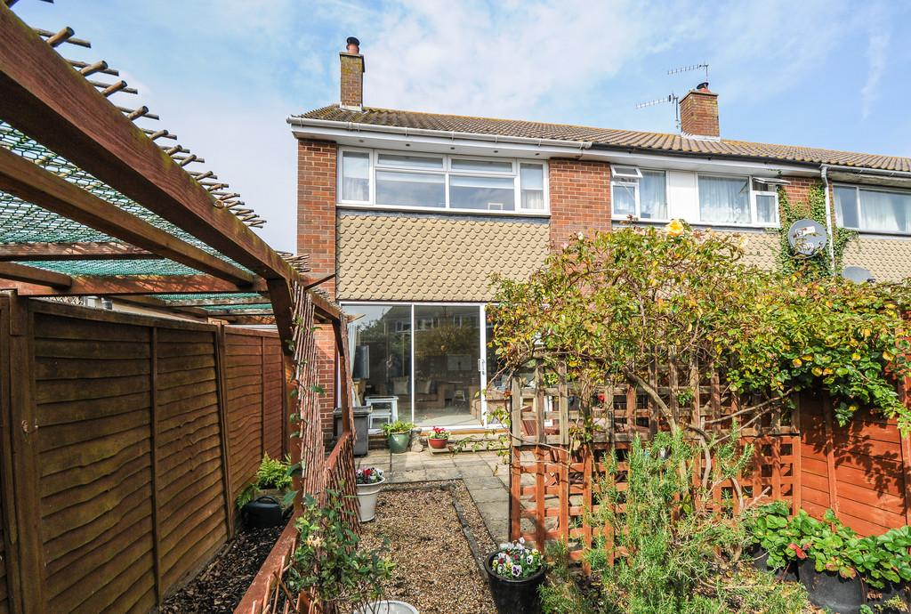 2 Bedrooms End Of Terrace House for sale in High Trees, Hunston, nr Chichester