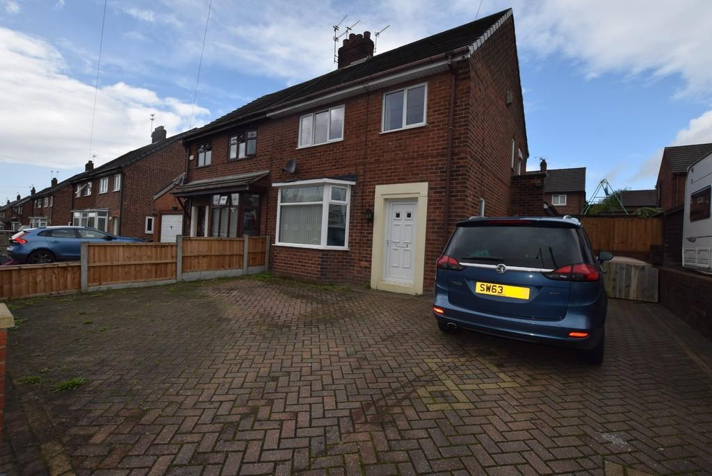 3 Bedrooms Semi Detached House for sale in Windermere Avenue, Clinkham Wood, St. Helens