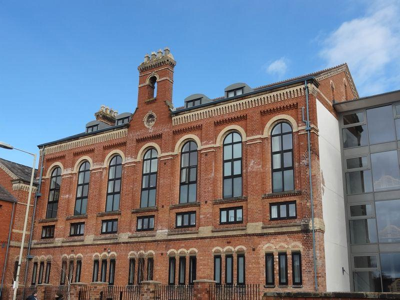 2 Bedrooms Apartment Flat for rent in Apartment 15, Victoria House, Oswestry