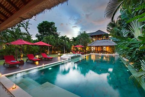 5 bedroom villa  - Petitenget, Bali