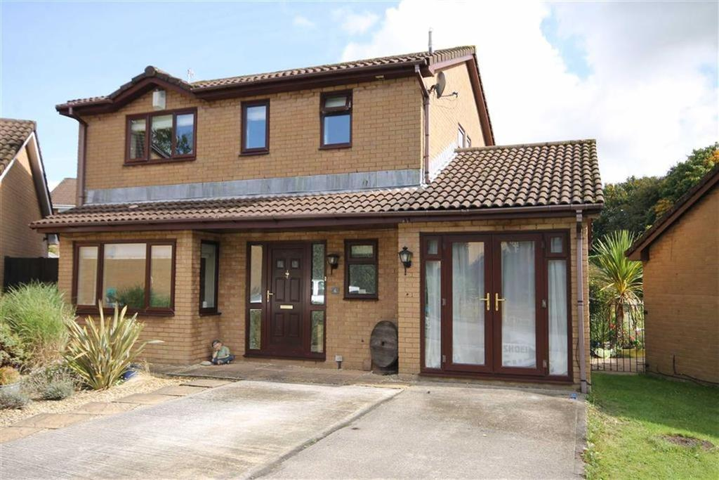 4 Bedrooms Detached House for sale in Sunningdale, Caerphilly, CF83