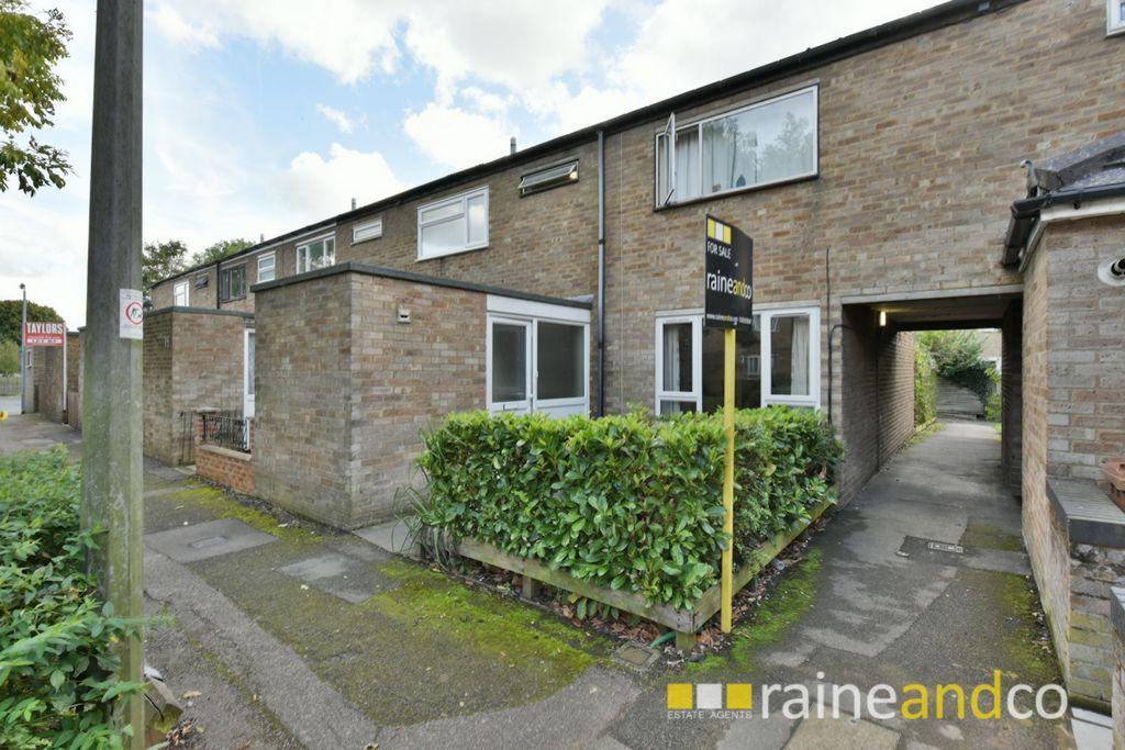 5 Bedrooms House for sale in Southwark Close, Stevenage, SG1