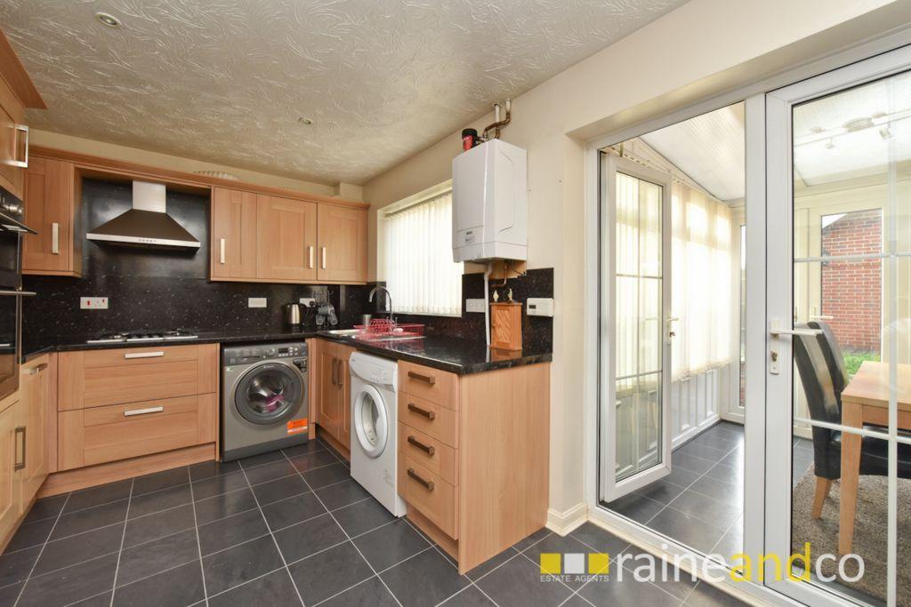 3 Bedrooms House for sale in Trajan Gate, Stevenage, SG2
