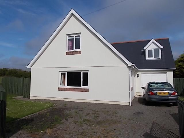 5 Bedrooms Detached Bungalow for sale in Freystrop, Haverfordwest