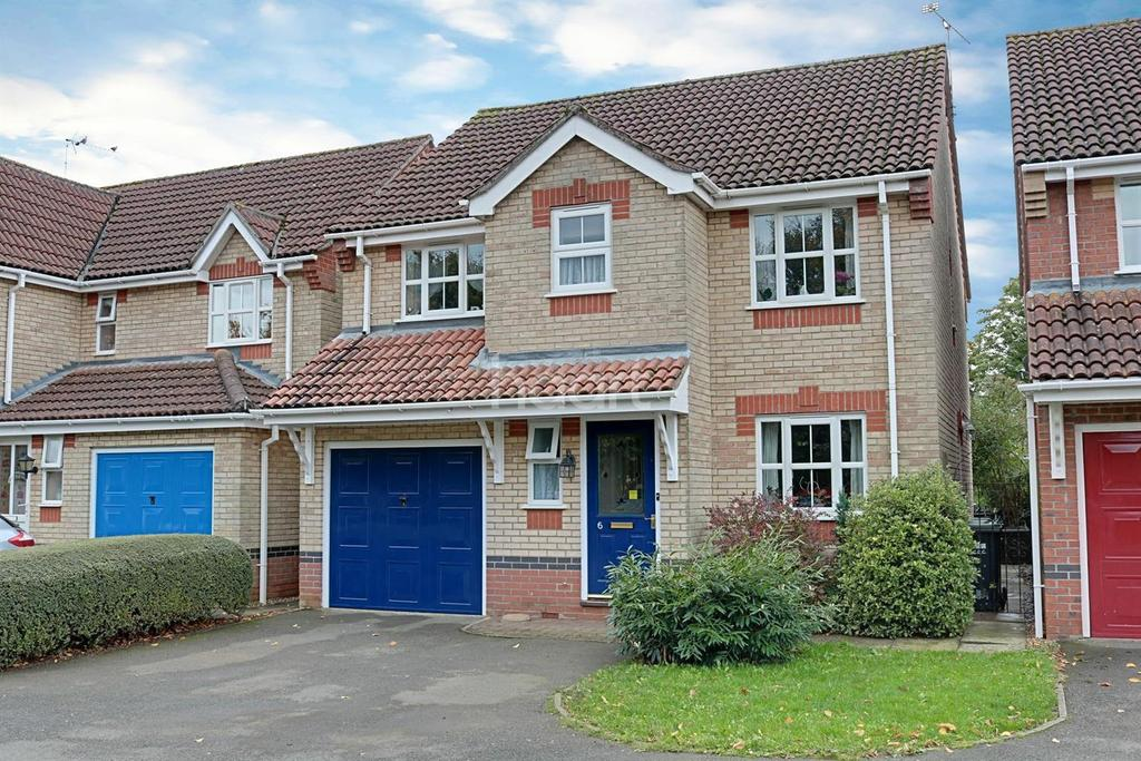 4 Bedrooms Detached House for sale in Lumley Close, Ely