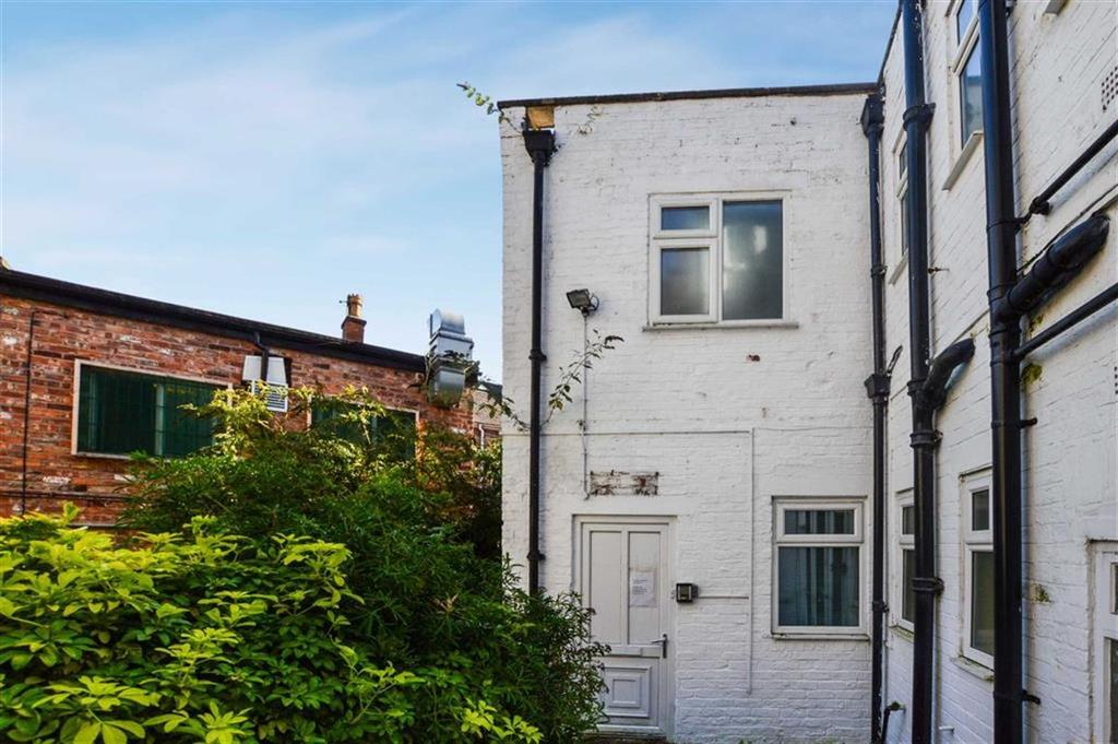 2 Bedrooms Terraced House for sale in The Downs, Altrincham, Cheshire, WA14