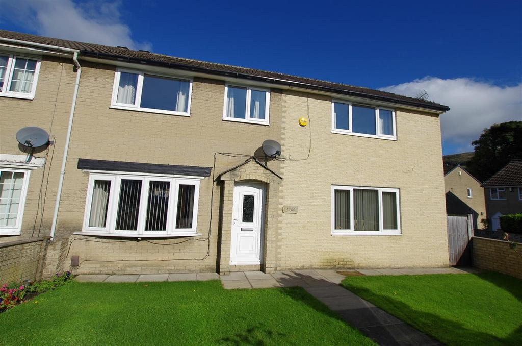 5 Bedrooms Semi Detached House for sale in Oakdale Close, Halifax