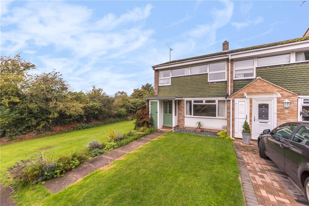 3 Bedrooms End Of Terrace House for sale in St. Martins Close, Harpenden, Hertfordshire