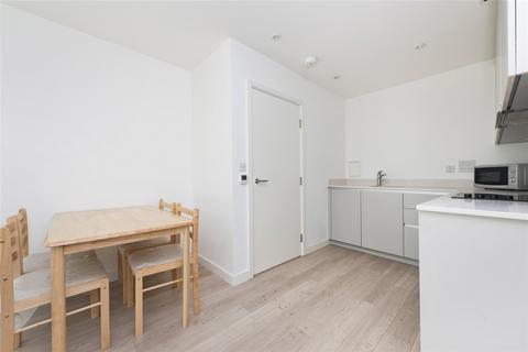 1 bedroom flat to rent - Tennyson Apartments, 1 Saffron Central Square, Croydon, CR0