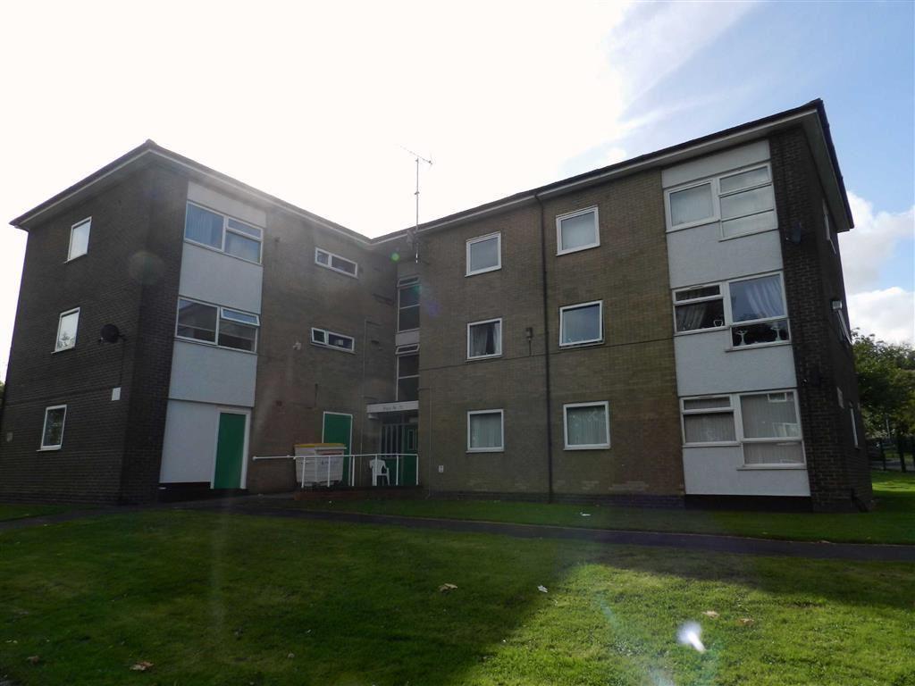 Millfield Avenue Bloxwich Walsall 2 Bed Flat 163 450 Pcm