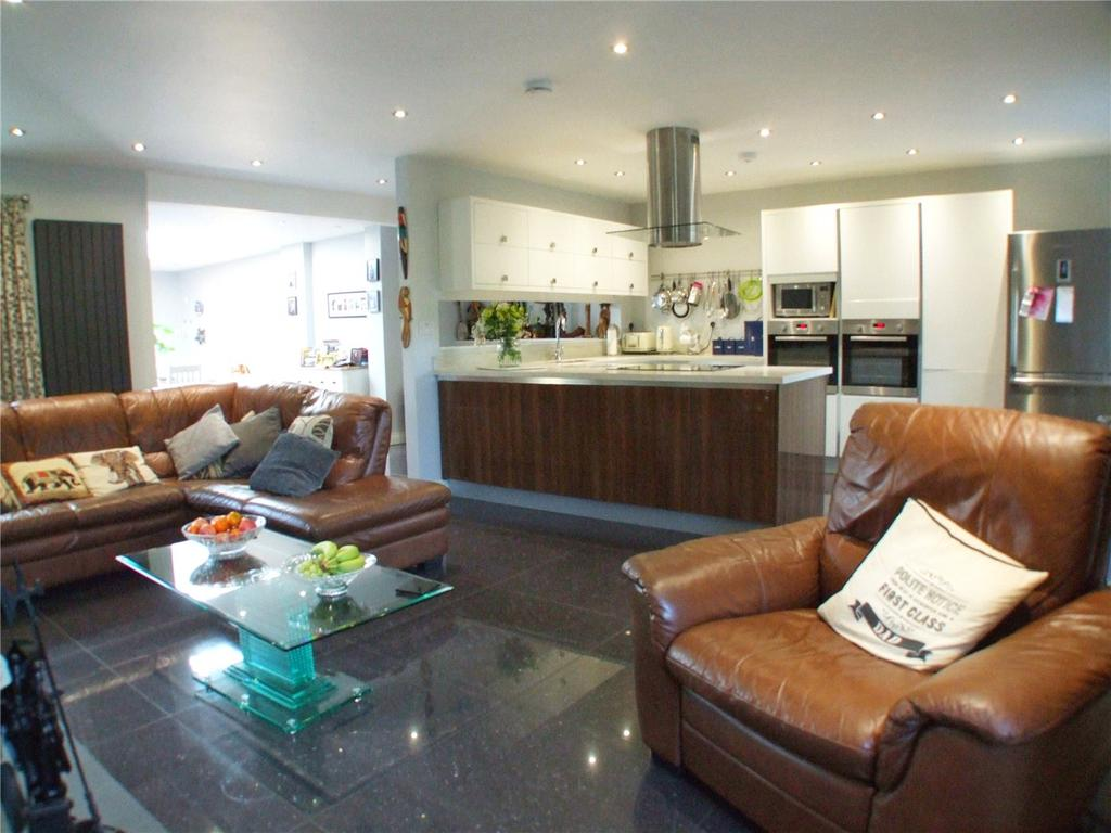 4 Bedrooms Detached House for sale in Horsepit Lane, Pinchbeck, Spalding, Lincolnshire, PE11