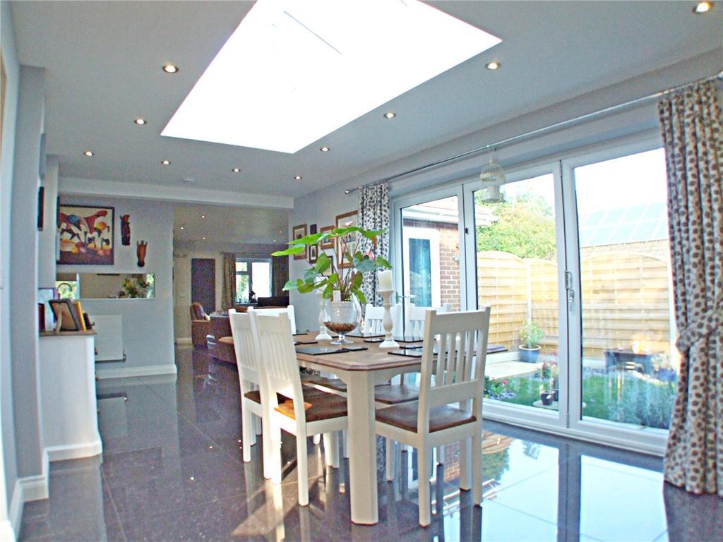 4 Bedrooms Detached House for sale in Horsepit Lane, Pinchbeck, Spalding, Lincolnshire, PE11