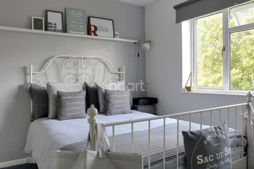 1 Bedroom Flat for sale in Thicket Road, Sutton, SM1