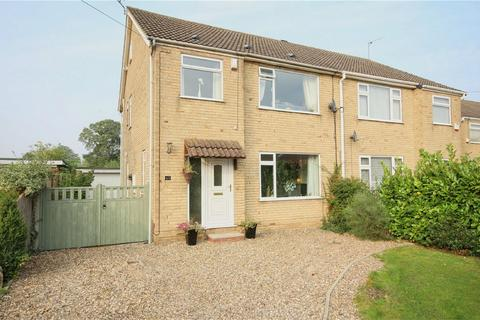 4 bedroom semi-detached house for sale - Churchill Avenue, Cottingham, East Riding of Yorkshire