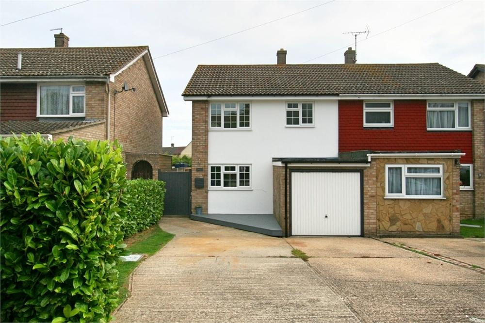 3 Bedrooms Semi Detached House for sale in Darnet Road, Tollesbury, Maldon, Essex