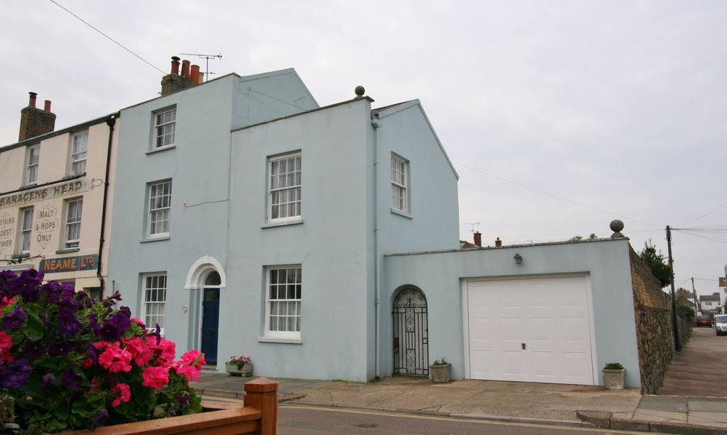 5 Bedrooms House for sale in Alfred Square, Deal