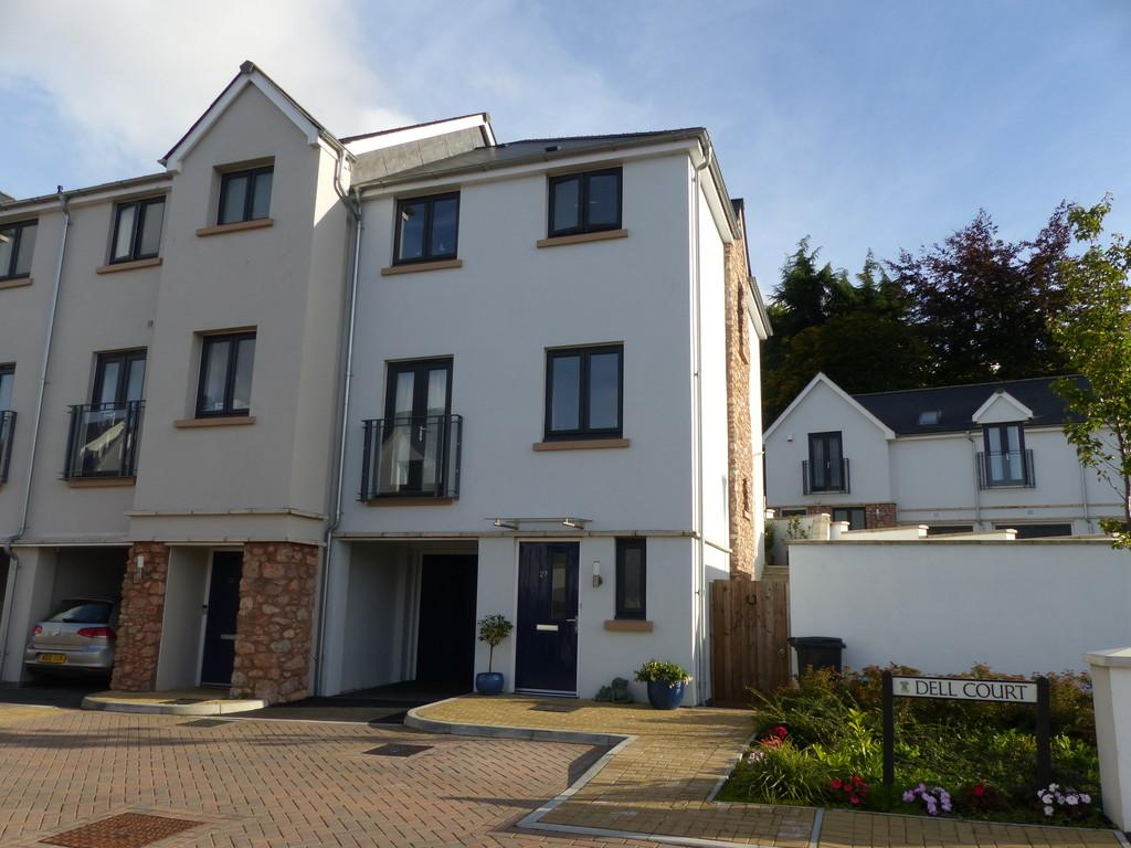3 Bedrooms End Of Terrace House for sale in Dell Court, Newton Abbot