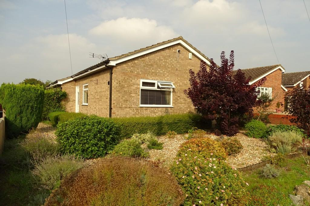 3 Bedrooms Detached Bungalow for sale in Falcon Drive, Brandon