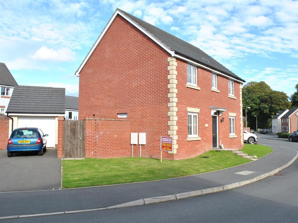 4 Bedrooms House for sale in Meysydd Y Coleg, Carmarthen